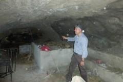 Lavori per trasformare le grotte in luoghi accoglienti