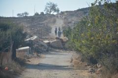 Il Rock Blok ostruisce la via per accedere a Tent of Nations